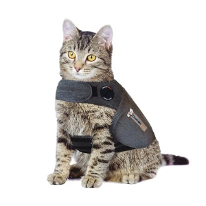 ThunderShirt for Cats: Click to Enlarge